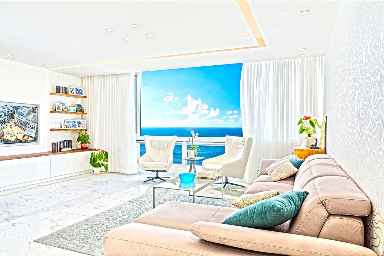 דירה בנתניה מול הים עיצוב פנים בתחושה של חופש יצירת אמנות של אדריכלית ומעצבת פנים דובניקוב מריאנה מיטל שומר מסטודיו - אלמנטס אדריכלות ועיצוב פנים